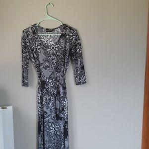 Versona Paisley Maxi Dress